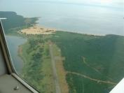 Fot.5. Widok z powietrza na pas startowy w Kasaba Bay